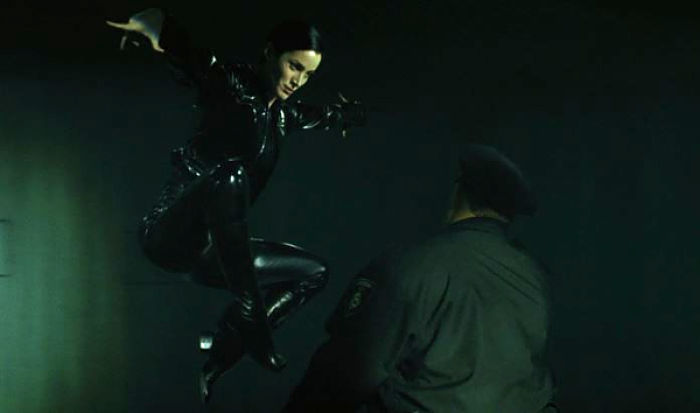 Trinity-Matrix-Jump-Kick-Carrie-Anne-Mos
